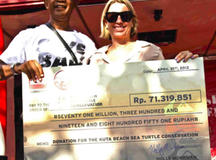 Quiksilver Indonesia Donates Rp 70 Million to Kuta Beach Sea Turtle Conservation on Earth Day 2012